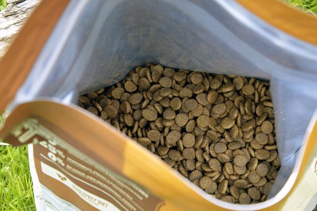 В кормах Acana для кошек находятся все необходимые микроэлементы и питательные вещества